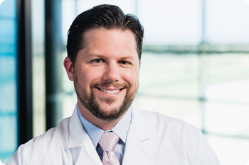 Dr. Thomas Roshek, Nicholson Clinic Surgeon